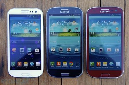 Android il Samsung Galaxy S3 di colore rosso