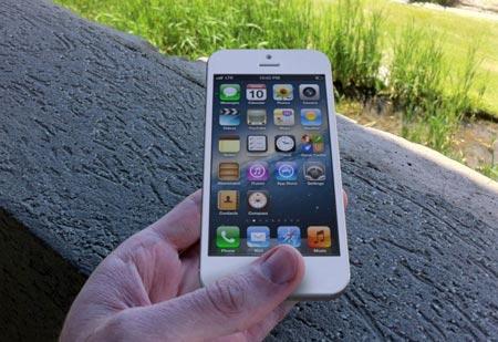 iPhone 5 e iOS 6 le 4 cose che verranno eliminate