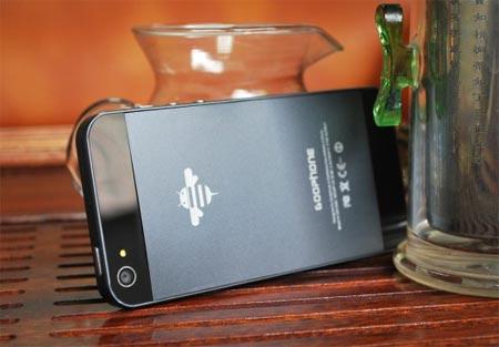 iPhone 5 uscita mentre si aspetta ecco il clone cinese con Android